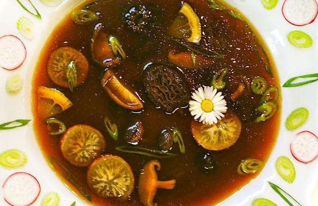 ♡ Rohköstliches Morchel-Süppchen ♡ aus Rohköstliche Gourmet-Rezepte für Genießer