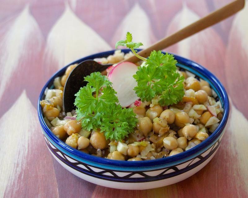Kichererbsen-Fenchel-Salat mit Aprikosen – VEGAN